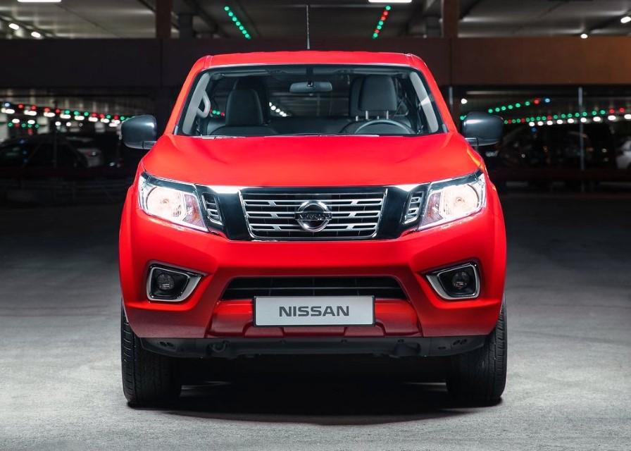 2021 Nissan Navara STX Trims