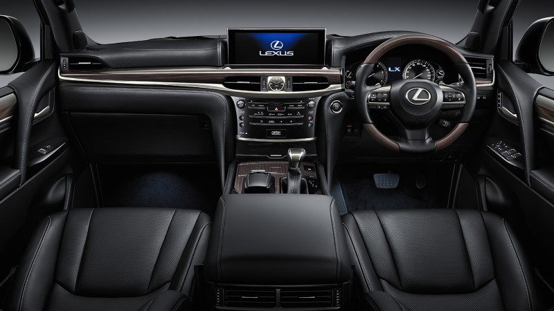 2021 Lexus LX 570 Interior Black Color Dashboard and Seating With Leather