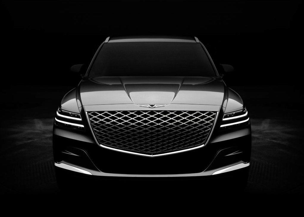 2021 Genesis GV80 Front Angle Pictures