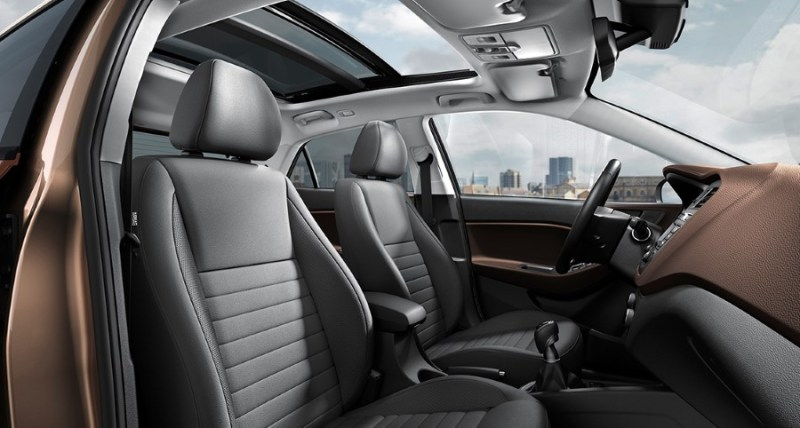 2021 Hyundai i20 Front Seat Interior With Panoramic Sunroof