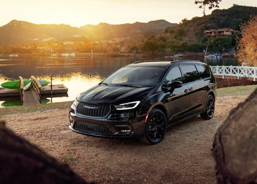 2021 Chrysler Pacifica AWD Performance