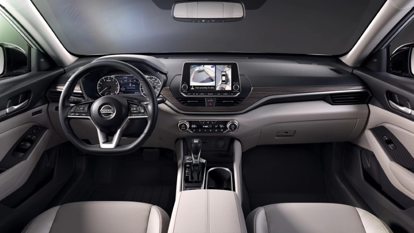 2021 Nissan Altima Coupe Interior With Sunroof