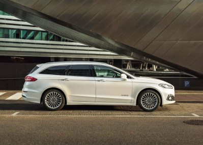 Read more about the article 2022 Ford Fusion Active Wagon Price, Specs, AWD, Release Date
