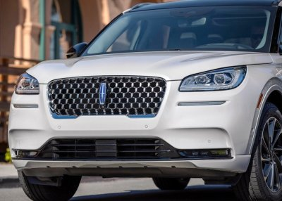 Read more about the article 2022 Lincoln Mark E Review; Premium American Electric SUV