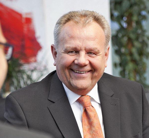 Hans Wimmer, B&R 상무 이사