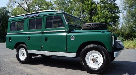 1967 Land Rover 109 Resto-Mod