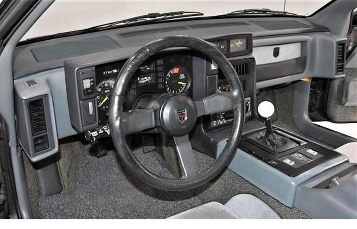 17681185-1986-pontiac-fiero-std