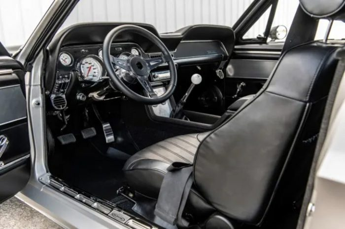 1968-Ford-Mustang-Villain-006-728x485-1