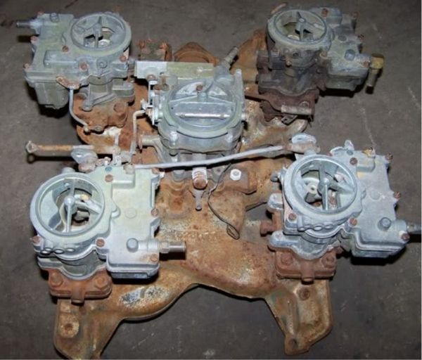 Pontiac-V8-5-carb-system-600