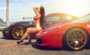 Two-Hot-Girls-Poses-with-two-Ferraris-01