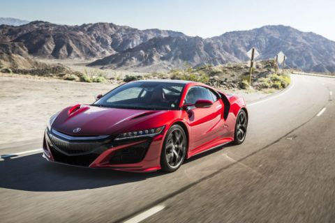 Acura NSX, a hybrid to be desired.