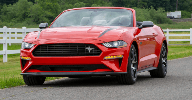 2020-Ford-Mustang-Convertible