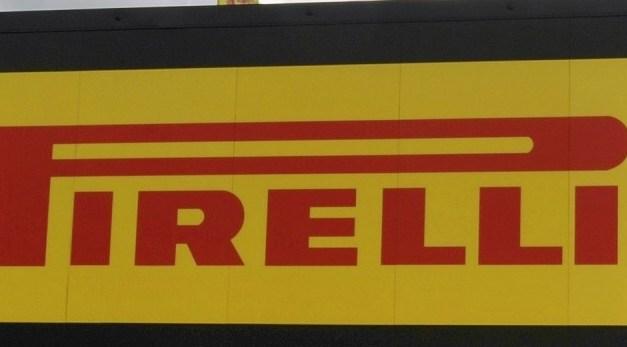 A Donington Park un nuovo pneumatico Pirelli da Superpole per i piloti del Campionato Mondiale eni FIM Superbike