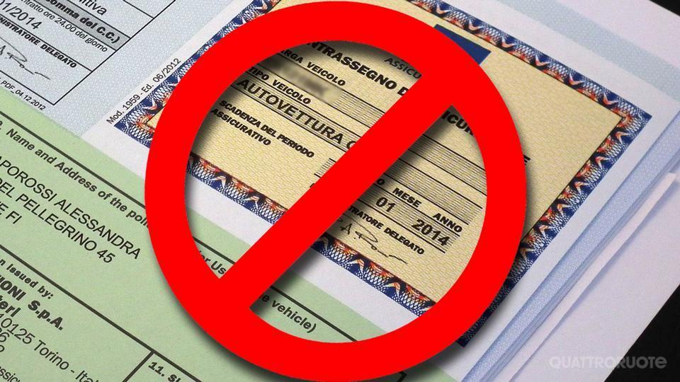 Assicurazione auto: da aprile il contrassegno non andrà esposto