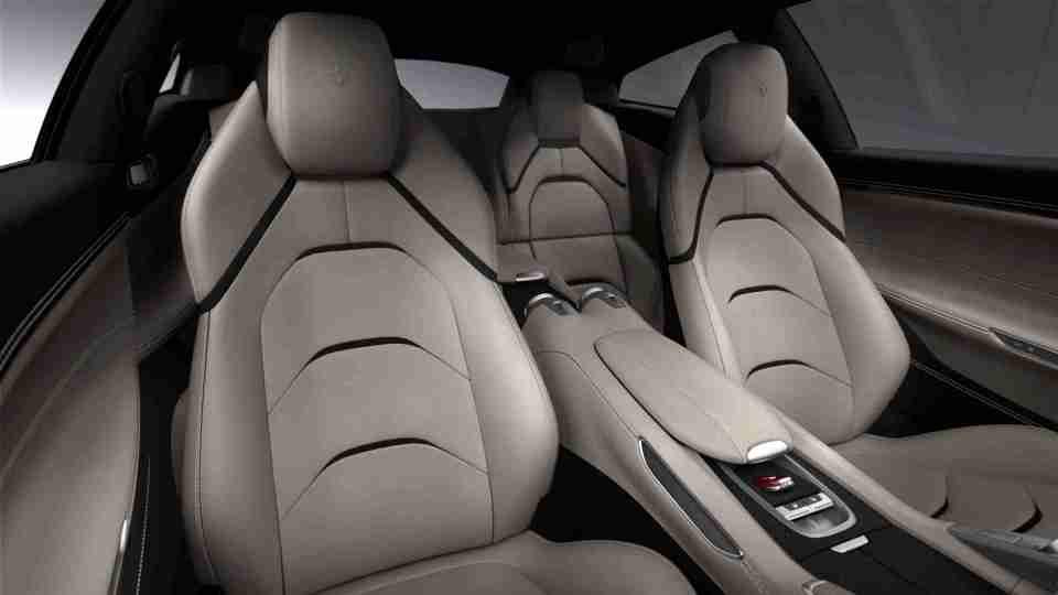 Ferrari_GTC4Lusso_interior_lo
