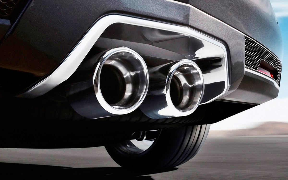 Francia prohíbe la venta de autos nafteros y diésel para 2040