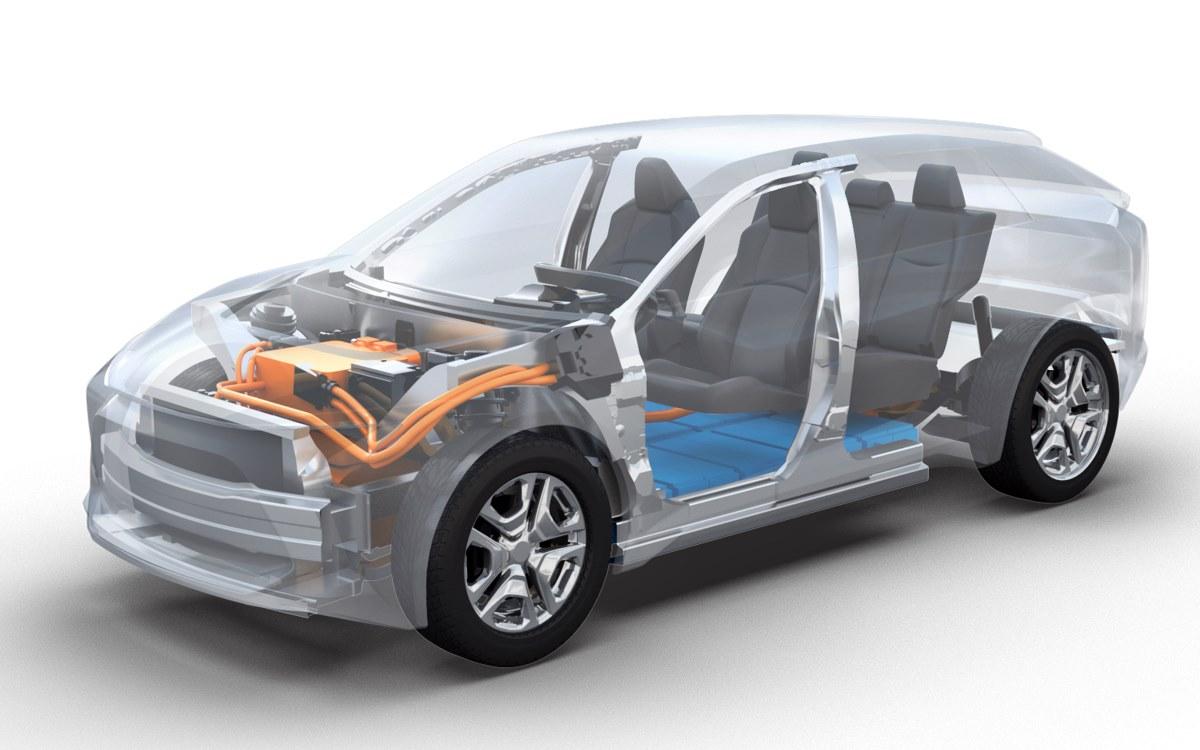 """Toyota y Subaru cerraron un acuerdo para el desarrollo conjunto de una plataforma específica para vehículos eléctricos que se utilizará en turismos de tamaño medio-grande y un todoterreno del segmento C. Las automotrices destacaron que esta colaboración les permitirá combinar sus fortalezas y utilizar las fortalezas de cada uno como la tracción a las cuatro ruedas de Subaru o la tecnología de electrificación de Toyota. Las dos compañías indicaron que la industria del automóvil se encuentra en la actualidad en un período de """"profunda transformación"""" hacia una movilidad conectada, autónoma, compartida y eléctrica. Así, apuntaron que este acuerdo, que se suma a uno que ya habían rubricado en 2005, representa una nueva área de cooperación que se centra en la necesidad """"urgente"""" de responder a la demanda de motores y componentes electrificados."""