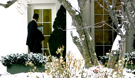 """The One"" tries to come in through the White House Window"