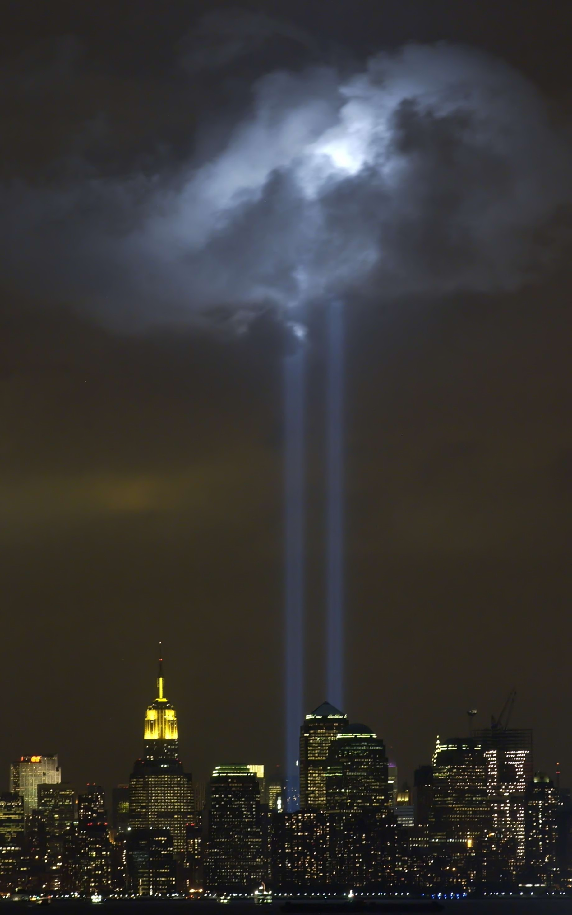 Tribute_in_Light_Memorial_September_9_2004