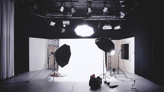 como montar um mini estúdio fotografico caseiro?