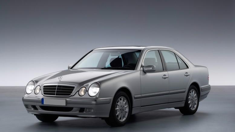 Mercedes E klasa W210 1995. –  2003.