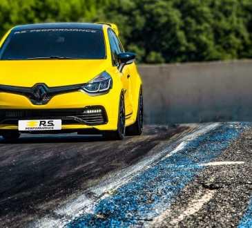 Renault Clio R.S . Performance