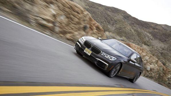 BMW M7 4