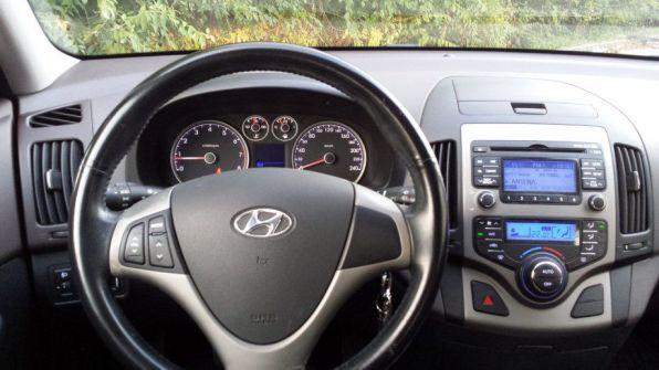 Hyundai i30 1.4-16v 5