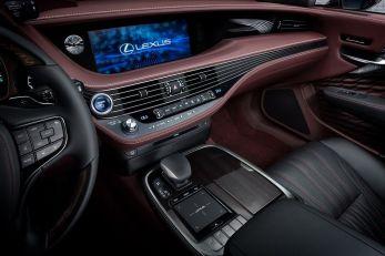 Lexus-LS500h-16