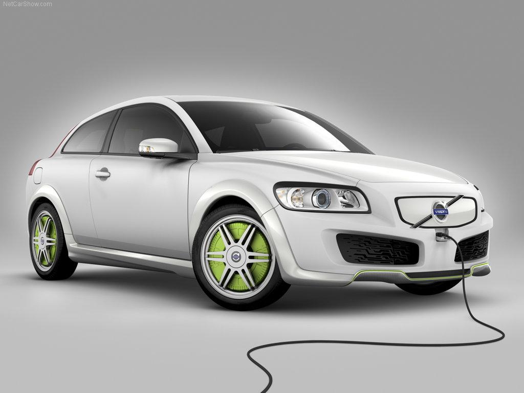 Volvo će nuditi električne modele sa dva tipa baterija