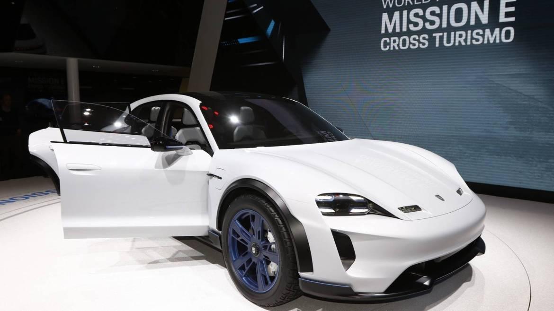 Porsche Cross Turismo dolazi 2021.