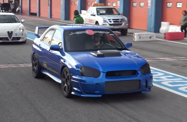 Pogledajte kako juri Subaru Impreza WRX STI sa 800 KS