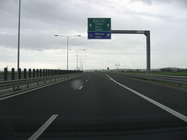 Krali bakar na autocesti pa ugasili svjetlo