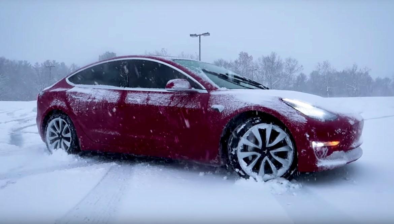 Tesla Model 3 vlasnicima opet zadaje glavobolje