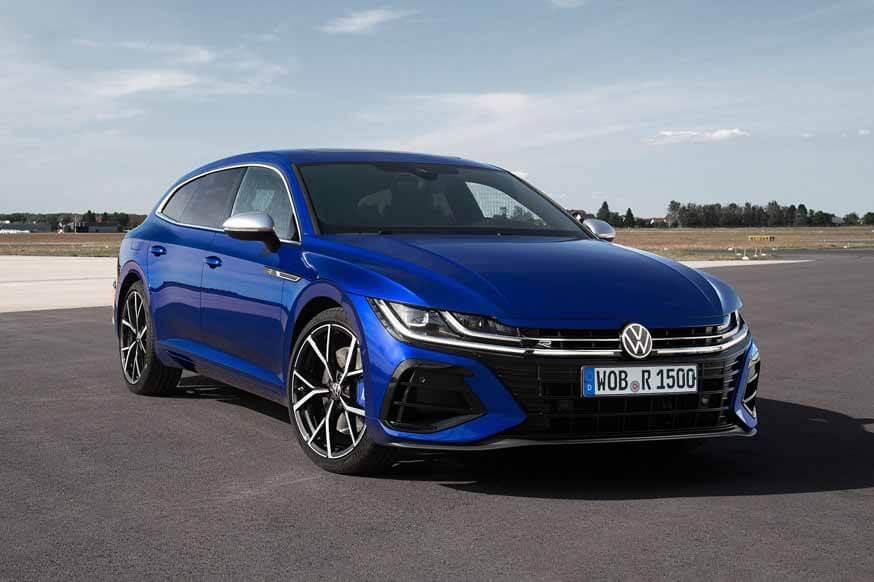 Премьера Volkswagen: штатный и «заряженный» обновленный лифтбэк и универсал Arteon