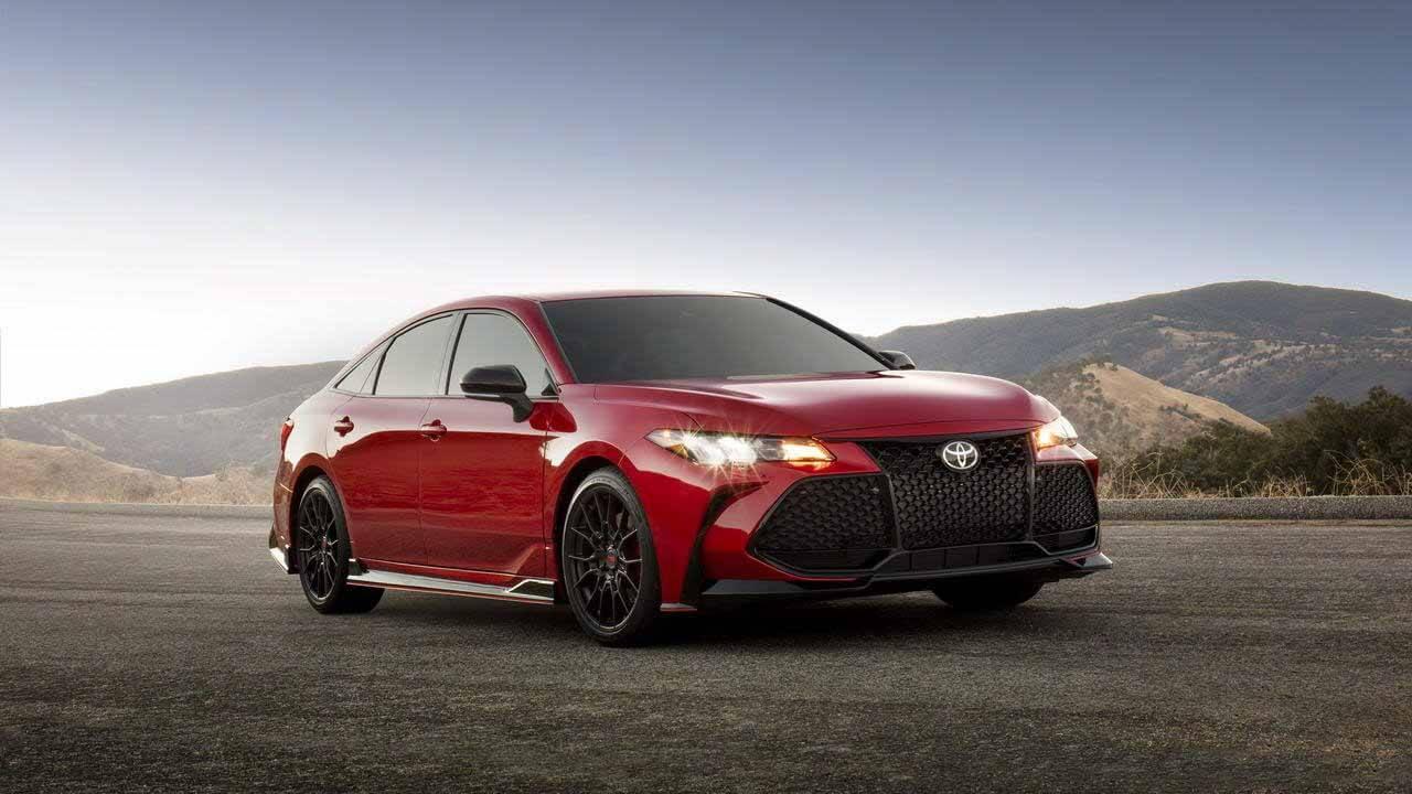 Позвонил, выжил!  Вместо новой Camry TRD выгоднее купить Alfa Romeo Giulia Ti «Тойота» - Toyota, вы с ума сошли?