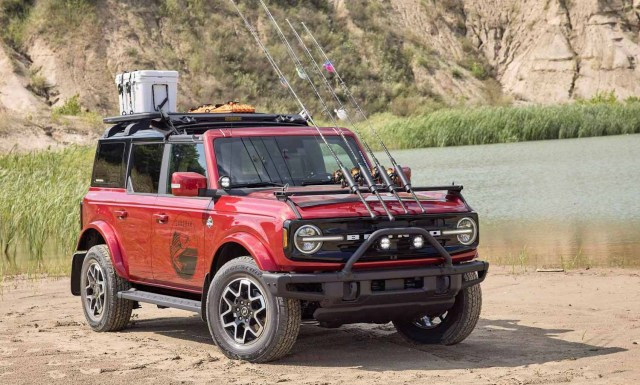 Ford Bronco Внедорожник