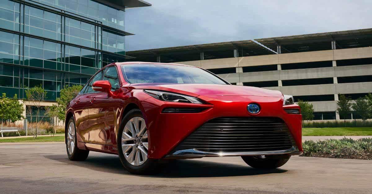Биопластики на растительной основе начали использовать в автомобилях Toyota