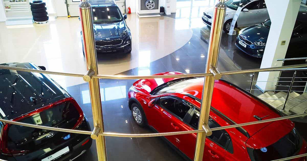 Российские дилеры рассказали, что будет с ценами на автомобили в октябре - Мотор