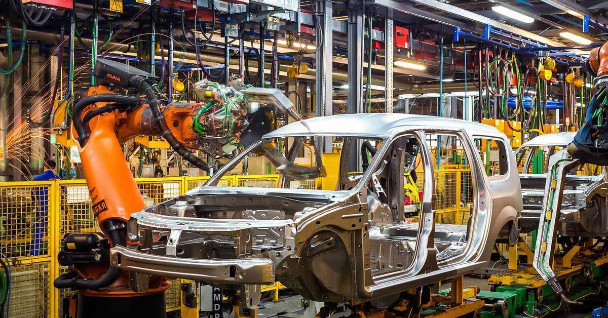Сборка Lada XRay и Largus, а также Renault Logan и Sandero приостановлена в России - Мотор