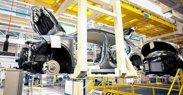 Потери производства Renault оцениваются из-за глобального дефицита микрочипов - Motor