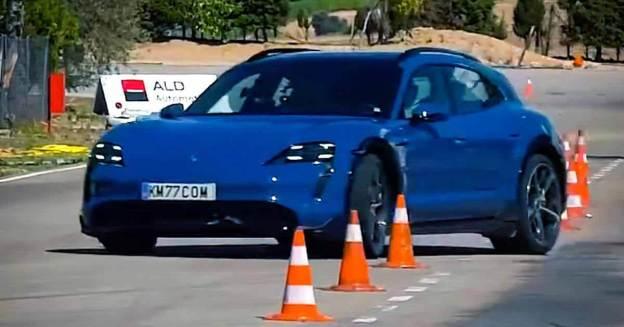 электрический Porsche Taycan Cross Turismo не прошел «лосиный тест» - Motor