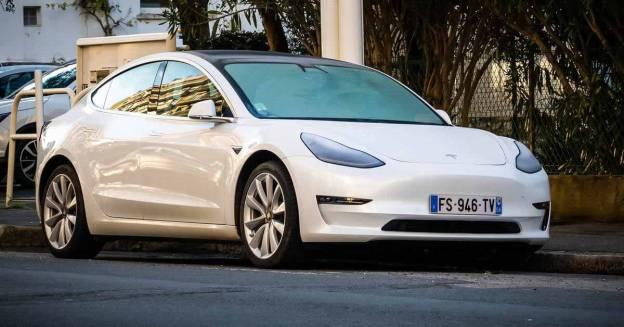 Электромобиль впервые возглавил рейтинг самых популярных автомобилей в Европе