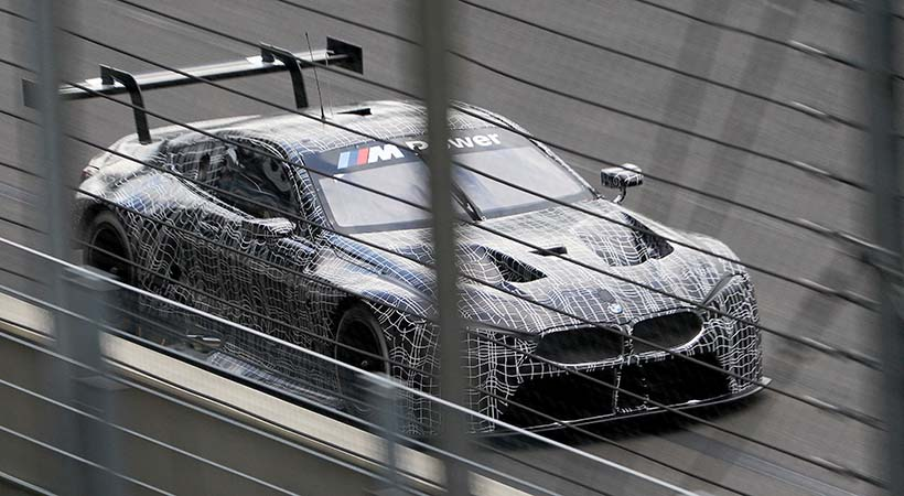 Test Drive BMW M8 GTE