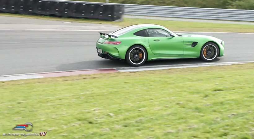 Video Mercedes-AMG GT R 2018 en la pista de Bilster Berg, Alemania