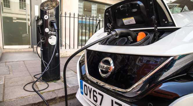 UK to invest further in on-street charging