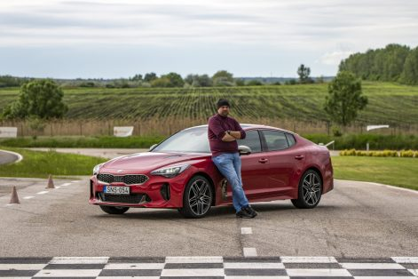 Kia Stinger GT Facelift – Ez még mindig brutál