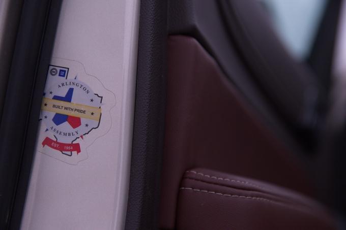 """Белоруссия – лидер по поставкам в Россию не только киви. Крупноузловую сборку Chevrolet Tahoe IV для нашего рынка выполняет предприятие """"ЮНИСОН"""" под Минском, куда машинокомплекты поступают с завода GM в Арлингтоне (Техас)"""