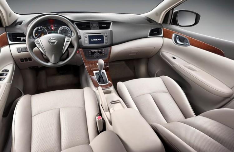 Интерьер Nissan Sentra 2015 года