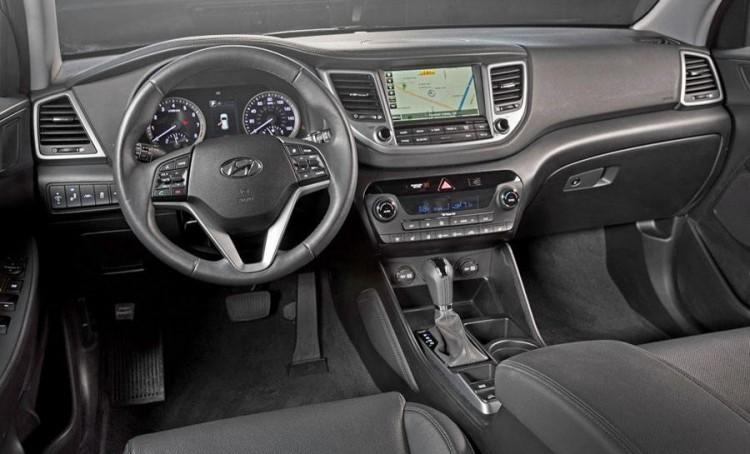 Подробнее о салоне Hyundai Tucson 2015-2016
